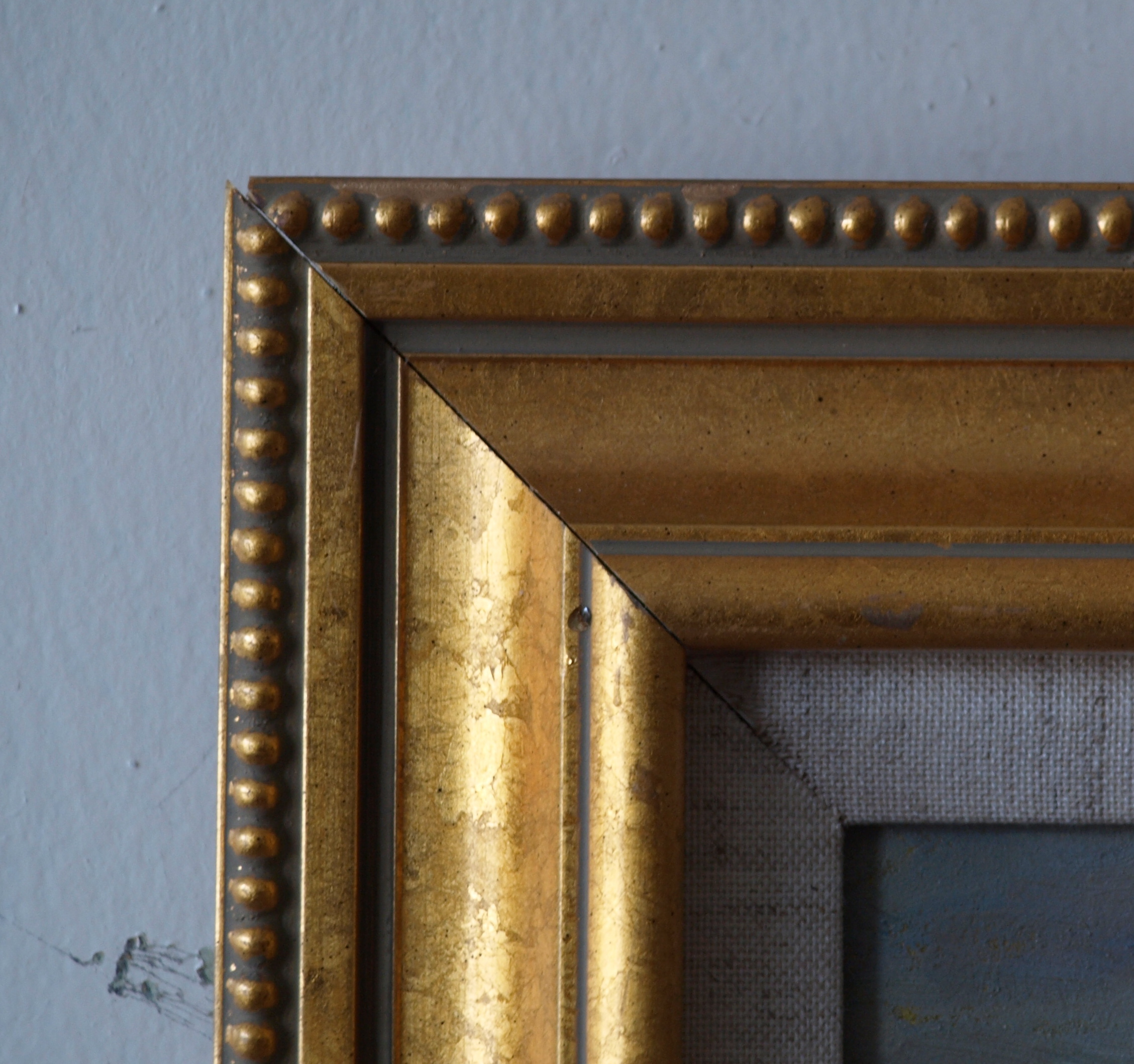 Gold Frame - Beaded Outside